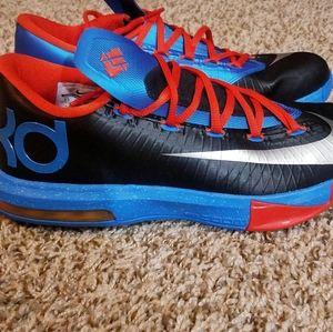 Men's KD Shoes Size 8
